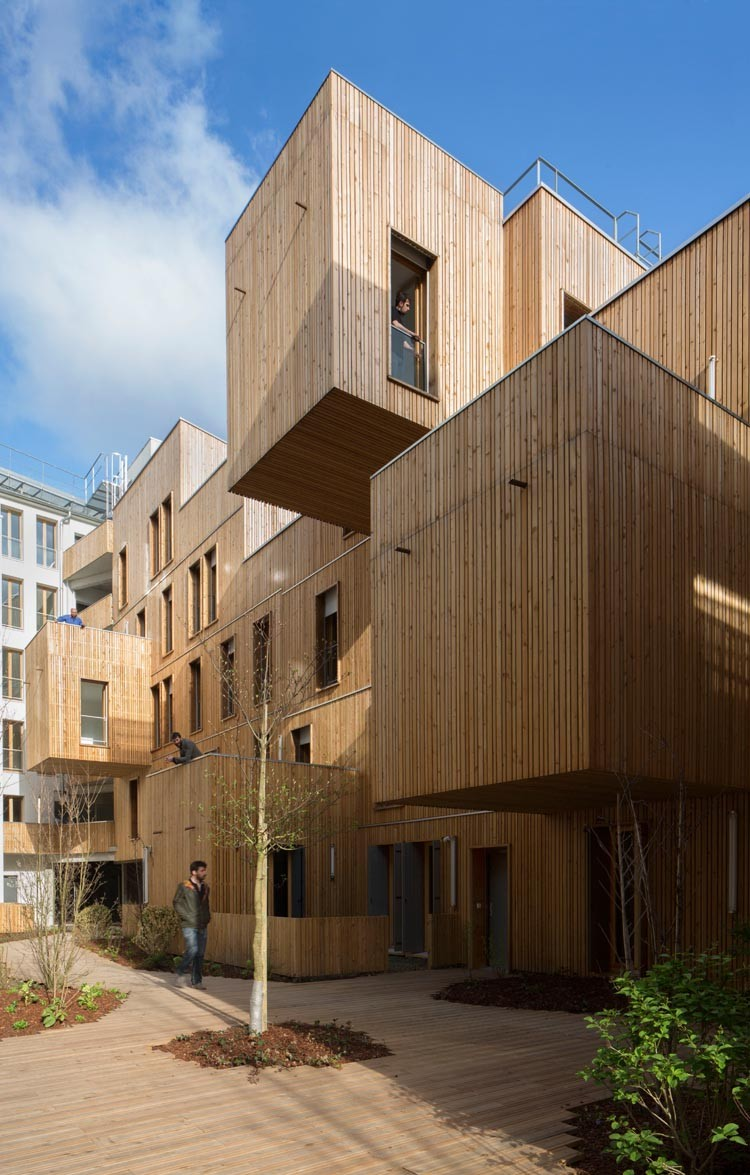 Immeuble t te en l 39 air en france par koz architectes for Architecte batiment de france